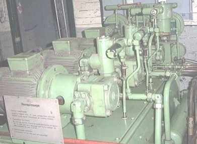 centrale_groupe_hydraulique0.JPG