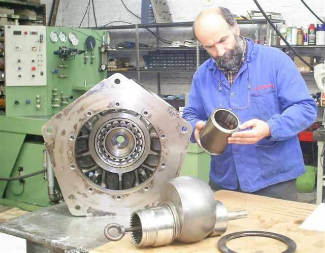 moteur_hydraulique_calzoni.JPG
