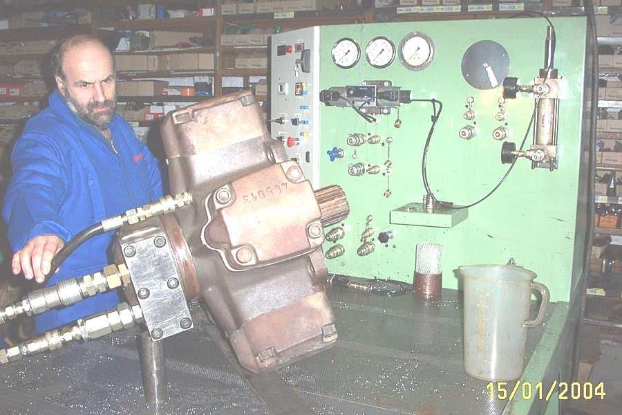 ../calzoni-sam/moteur_hydraulique_calzoni_MR.jpg