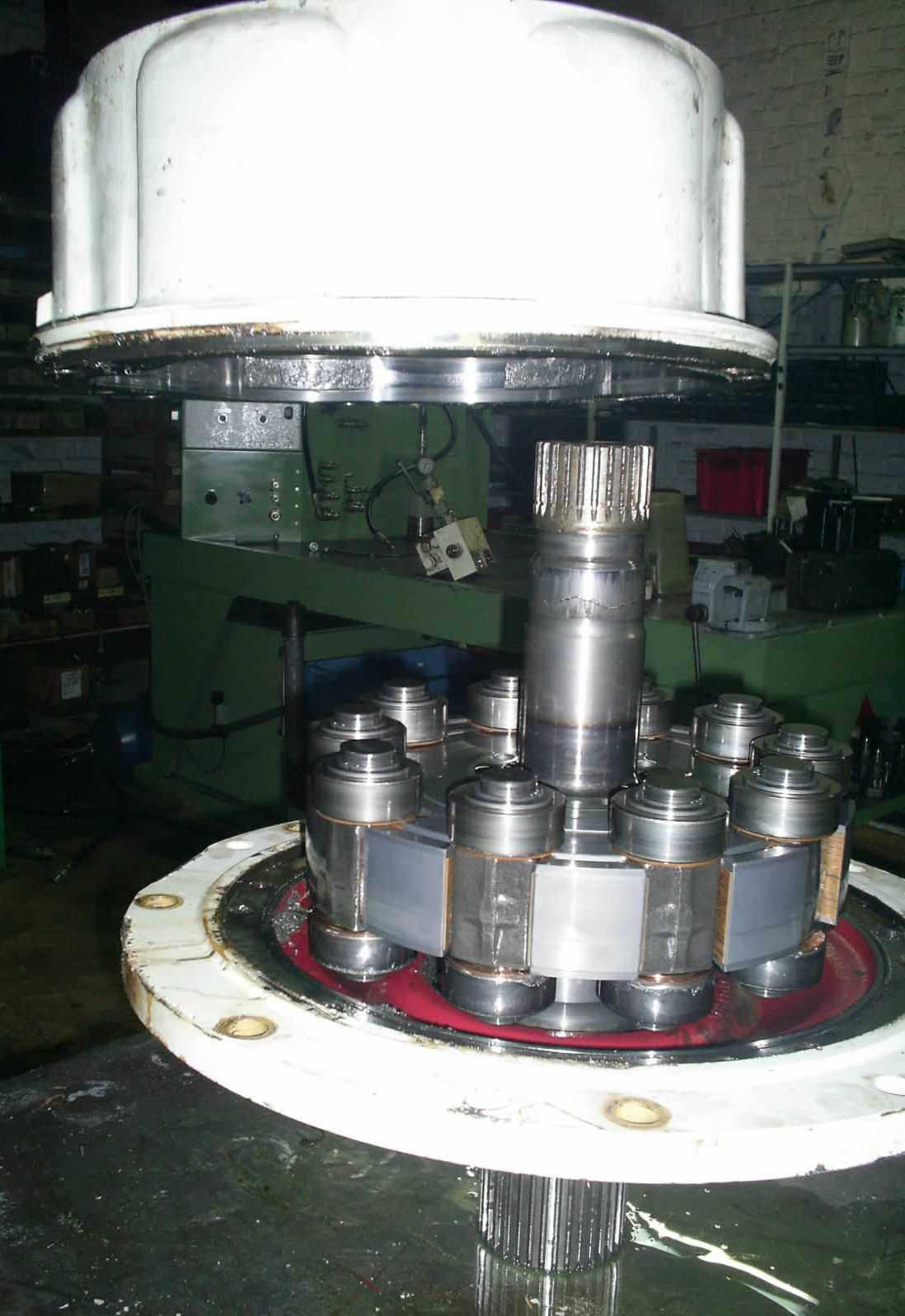 moteur_hydraulique_poclain2.JPG