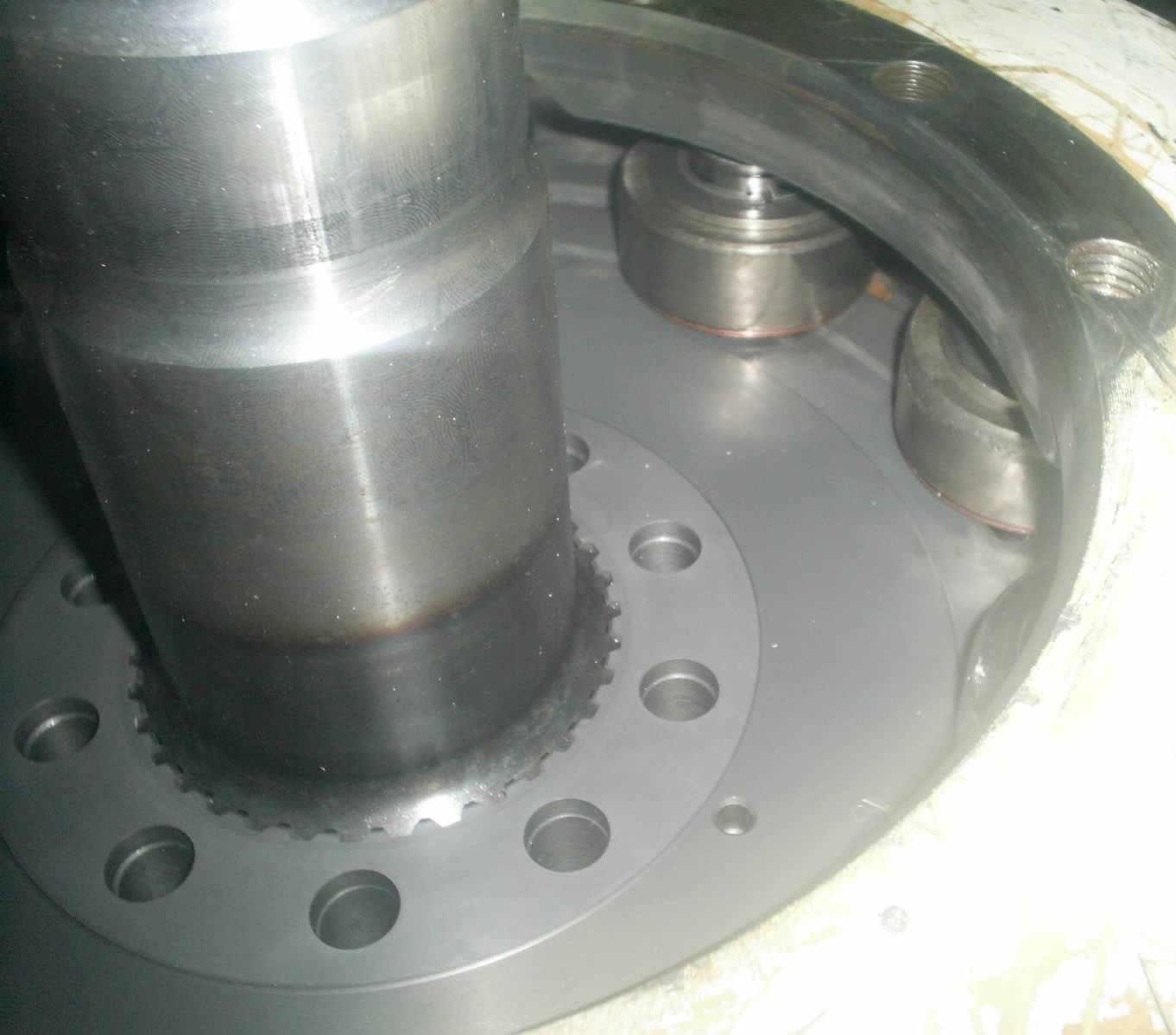 moteur_hydraulique_poclain4.JPGmoteur_hydraulique_poclain4.JPG