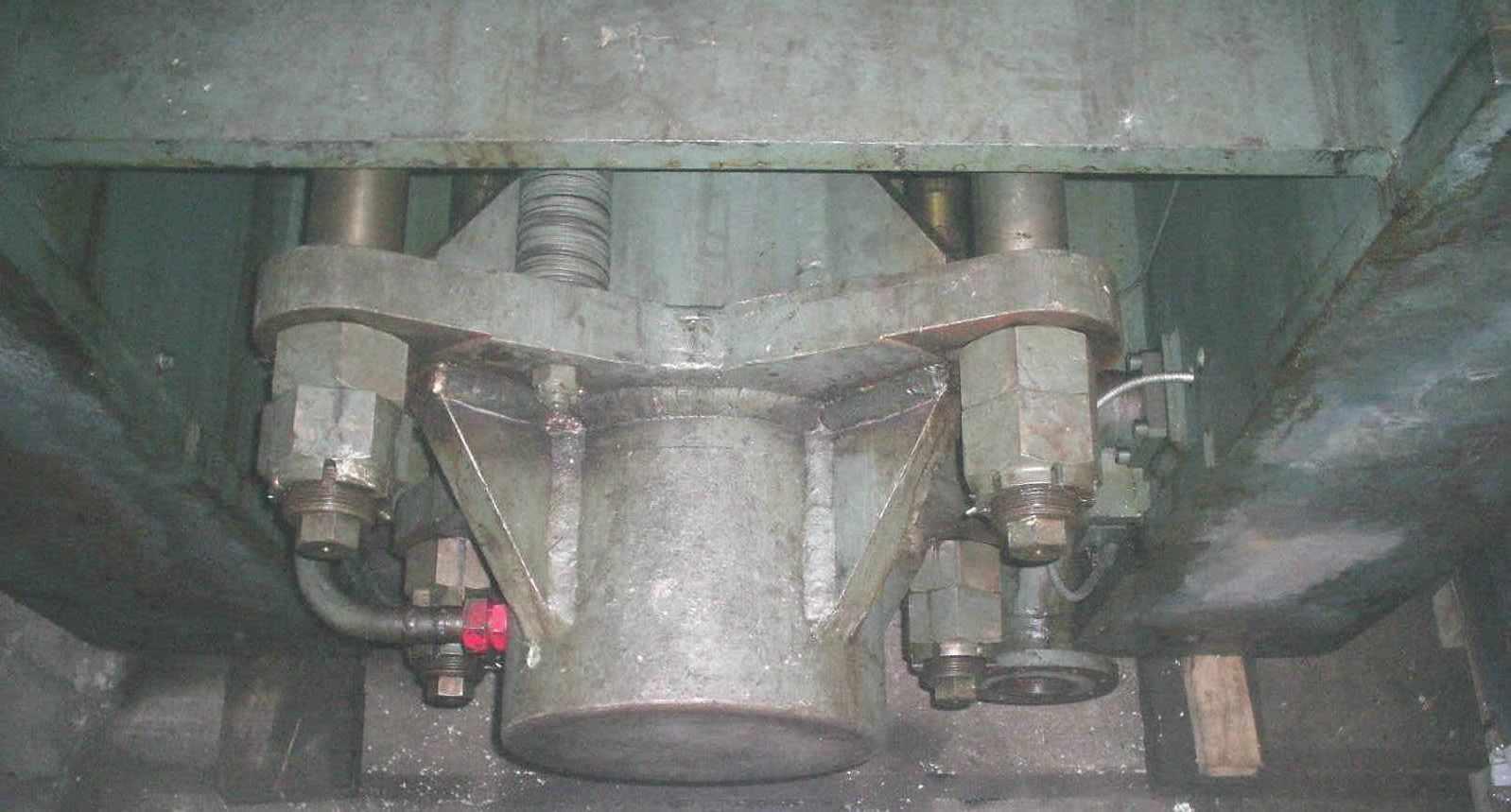 coussin_serre_flanc_presse_hydraulique.JPG