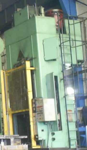 presse-hydrauliques-mg-spiertz.JPG