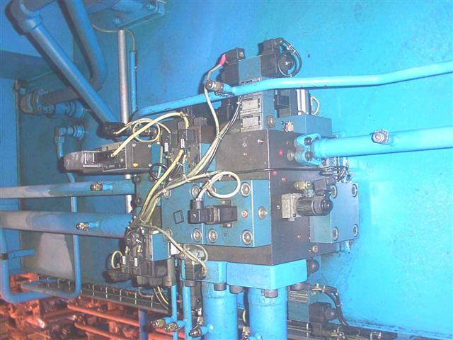pin/presse_hydraulique.JPG